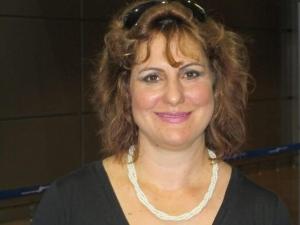 """ד""""ר אסנת סגל - ייעוץ וטיפול בילדים עם שיתוק מוחין במרכז"""